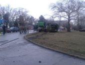 В Симферополе рано утром перед зданием Совета министров перевернулся мусоровоз