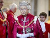 Елизавета II празднует 65-летие пребывания на троне