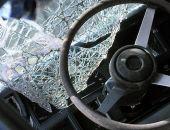 Под Старым Крымом столкнулись два грузовика, водителя из кабины доставали сотрудники МЧС