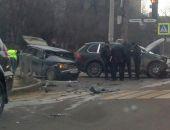 В столице Крыма сегодня в ДТП столкнулись Porsche Cayenne и ВАЗ (фото)