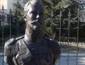 Посмотреть на мироточение бюста Николая II в Крыму собрались представители СМИ и прихожане