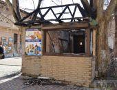 В Феодосии на Галерейной сгорел торговый ларёк