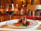 Стоимость ужина в ресторане Крыма за год выросла на 14%, за два года - на 51%