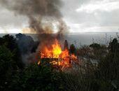 В Крыму в южнобережном городе сгорел жилой многоквартирный дом (фото):фоторепортаж