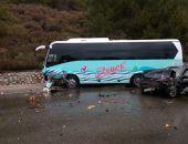 В Крыму на трассе Севастополь – Ялта в ДТП пострадали автобус «Артека» и легковое авто (фото)