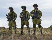 Артиллеристы и морские пехотинцы провели учебные стрельбы в Крыму на полигоне Опук