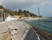 В Крыму начат ремонт набережной в южнобережном посёлке