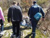 В горах Крыма спасатели МЧС оказали помощь сломавшей ногу туристке