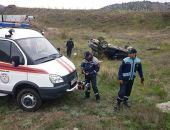 В Крыму под Судаком произошло ДТП – легковой автомобиль опрокинулся в кювет (фото)