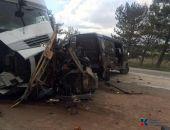 В Крыму в ДТП «фура» протаранила «ГАЗель» – один человек погиб, двое тяжело травмированы (фото)