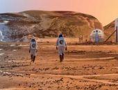Половина россиян считает, что их страна должна первой отправить экспедицию на Марс