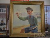 Феодосийцы увидели уникальный портрет Вити Коробкова