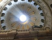 Благодатный огонь накануне Пасхи сошел в Иерусалиме