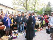 В Феодосии в Казанском соборе прошло освящение куличей и яиц