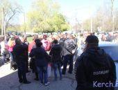 В Крыму рабочие керченского завода им.Войкова на митинге требуют выплаты зарплаты
