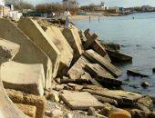 Крымские спасатели не дали утонуть рыбаку в Евпатории