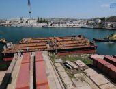 Из Севастополя в Керчь направляются понтоны для перевозки арок Крымского моста (фото)
