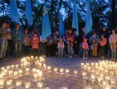 В Феодосии зажгли свечи в память о жертвах депортации народов из Крыма