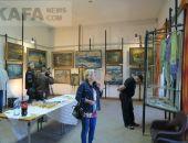 В Феодосийском музее древностей открылась выставка картин