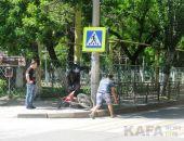 В центре Феодосии сбили мотоциклиста