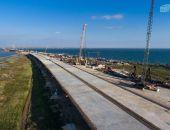 Строительство Крымского моста опережает график, движение по нему откроют на полгода раньше