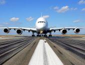 Пассажир избил стюардессу на борту самолёта, летевшего в Крым