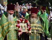 В столице Крыма в честь Дня семьи, любви и верности прошел крестный ход (фото)