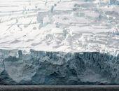 Гигантский ледник откололся от Антарктиды
