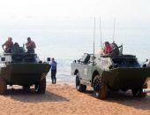 В Керчь из Тамани прибыли по морю две разведывательные дозорные машины