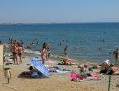 Сегодня в Крыму жарко, возможен кратковременный дождь, гроза