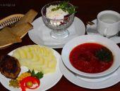 Средний обед в кафе Крыма в июле обходился в 523 рубля, ужин - в 2,3 тыс.