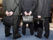 Сокращение числа госслужащих в РФ начальников не коснулось, их стало больше