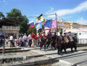 Феодосия встретила автопробег, посвященный юбилею ДОСААФ (видео)
