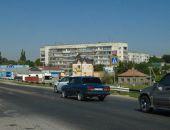 В Крыму власти пытаются решить проблему автомобильных заторов на участке Евпаторийской трассы в Саках