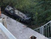 Вчера вечером на трассе Коктебель – Феодосия автомобиль опрокинулся в кювет (фото)