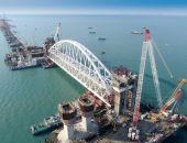 Железнодорожная арка Крымского моста установлена над фарватером (видео):фоторепортаж
