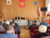 В Феодосии сегодня сессия горсовета проходит в закрытом режиме, Крысина и Гевчук сняли с должностей (текстовая трансляция)