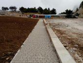 В Крыму на плато Ай-Петри начали укладывать тротуарную плитку (фото)