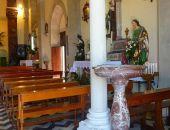 Неизвестные заменили святую воду алкоголем в церковных источниках французского города