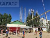 Всероссийский турнир по пляжному волейболу проводится в Феодосии (видео)