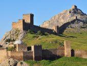 В Судаке Генуэзская крепость оформлена в собственность Республики Крым