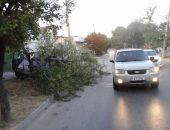 В Феодосии на выезде с СТО столкнулись два автомобиля