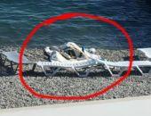 В Ялте на пляже «Интуриста» долго лежал утопленник (ФОТО)