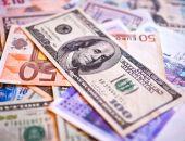 Банки России столкнулись с дефицитом валюты