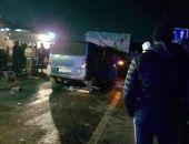 В столице Крыма Mercedes протаранил КамАЗ, водитель иномарки погиб (фото)