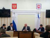 Власти столицы Крыма отчитались о ремонте 60 тыс. кв. м внутриквартальных дорог и тротуаров