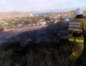 Сотрудники МЧС ликвидировали пожары в Коктебеле и Орджоникидзе (фото)