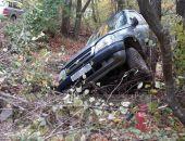 В Крыму на автодороге Судак – Грушевка легковой автомобиль опрокинулся в кювет (фото)