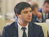 Сергей Аксёнов назначил феодосийца Ленура Абдураманова главой Госкомнаца