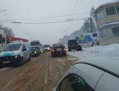 В Крыму ночью прошел сильный дождь со снегом, в горах – автомобильные заторы (фото) (видео)